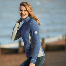 Emmie 1/4 Zip Active Macaroni Sweatshirt Cloud Blue
