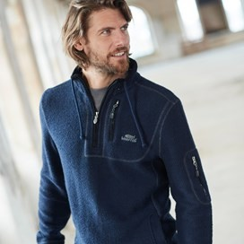 Parkway 1/4 Zip Tech Macaroni  Dark Navy