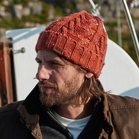 Witsel Nepp Cable Beanie Dark Rust